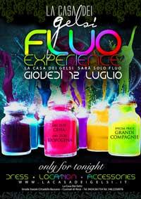 Festa a tema Fluo Experience