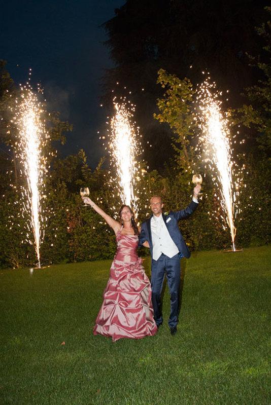 brindisi degli sposi con fuochi artificio