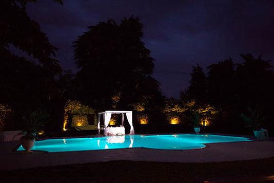 piscina matrimonio notte
